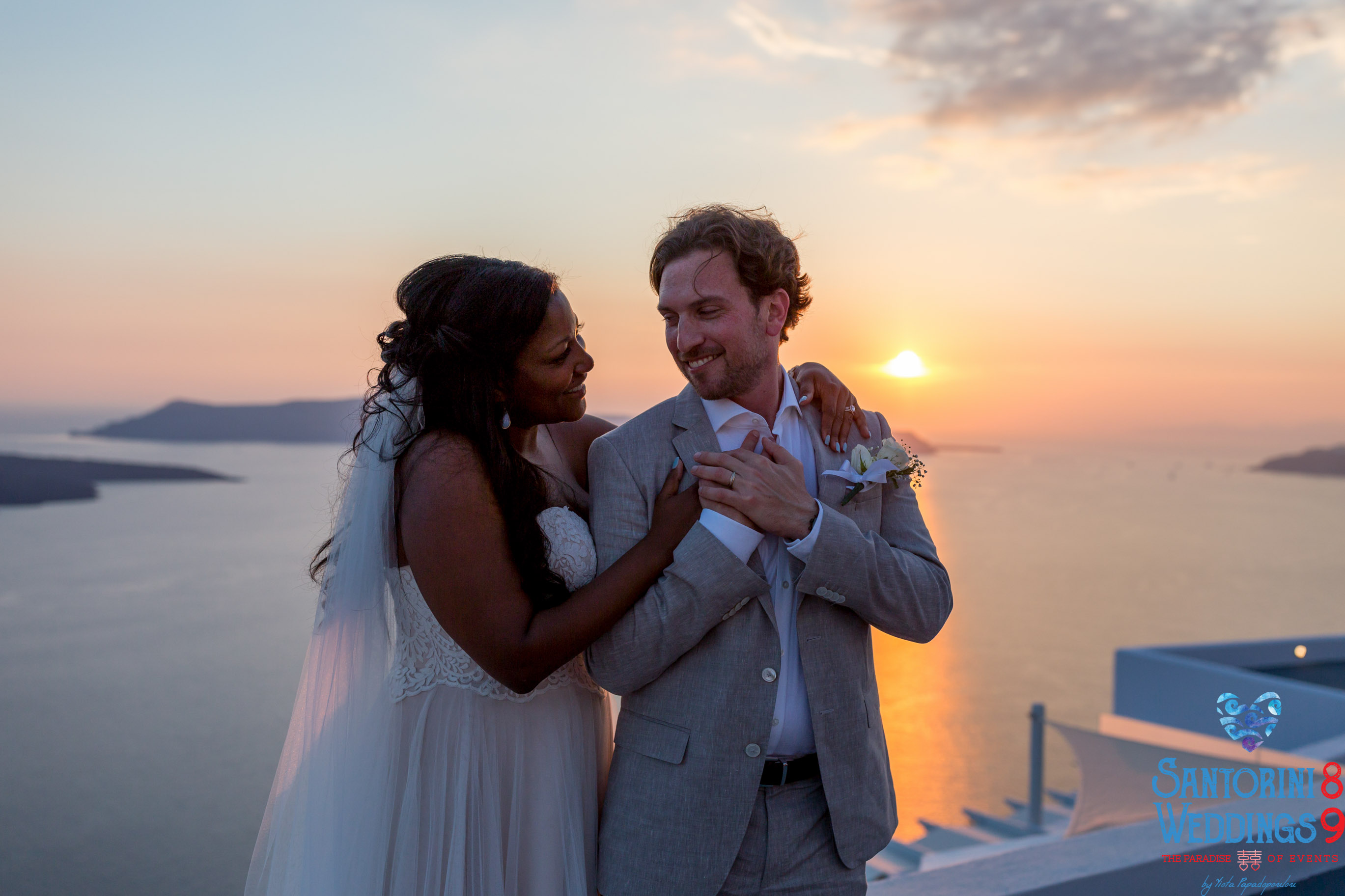 jason-lisa---unique-wedding-pictures-by-santorini8-weddings9-dragons-group-18.jpg