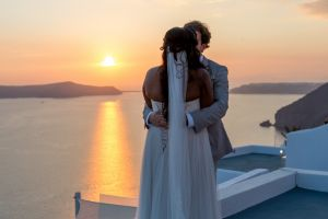 Jason  Lisa   Unique Wedding Pictures By Santorini8 Weddings9 Dragons Group 17